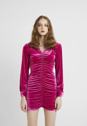 PHOEBE DRESS - Juhlamekko - pink