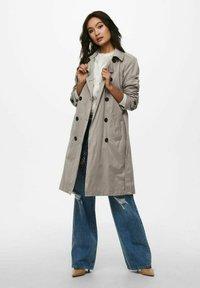 ONLY - Trenchcoat - vintage khaki - 1