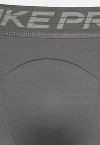 Nike Performance - WARM - Collants - iron grey/black - 6