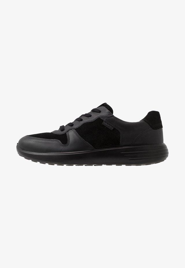 SOFT RUNNER - Sneakers laag - black