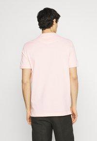 Pier One - 2 PACK - Poloshirt - dark blue/pink - 2