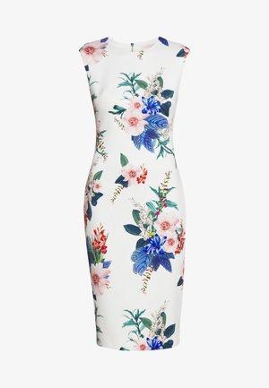 SHARLEY - Pouzdrové šaty - white