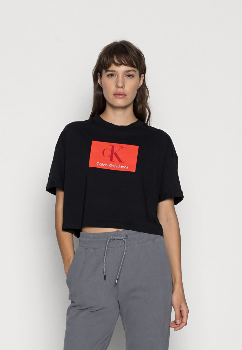 Calvin Klein Jeans - BOXY ROLL UP SLEEVE TEE - Print T-shirt - black