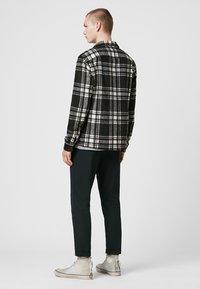 AllSaints - GRAYSON - Skjorter - black - 2