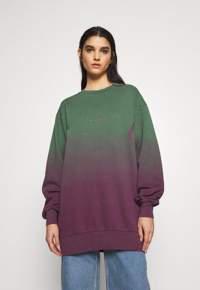 RELAXED CREW - Sweatshirt - gradient green