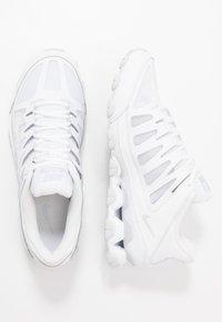 Nike Performance - REAX 8 TR - Zapatillas de entrenamiento - white/pure platinum - 1