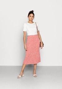 Moss Copenhagen - CLOVER SKIRT - Pleated skirt - faded rose - 1