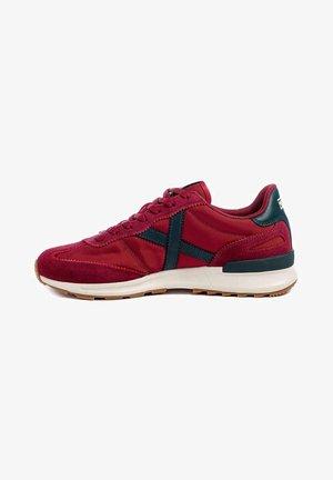 DYNAMO  - Zapatillas - rojo