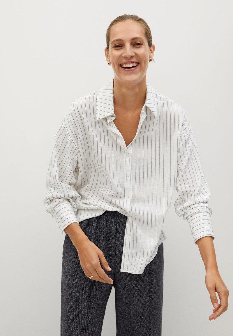 Mango - STRIPE - Button-down blouse - blanc