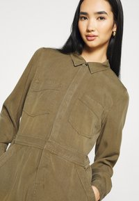 Superdry - PLAYSUIT - Overal - khaki - 4