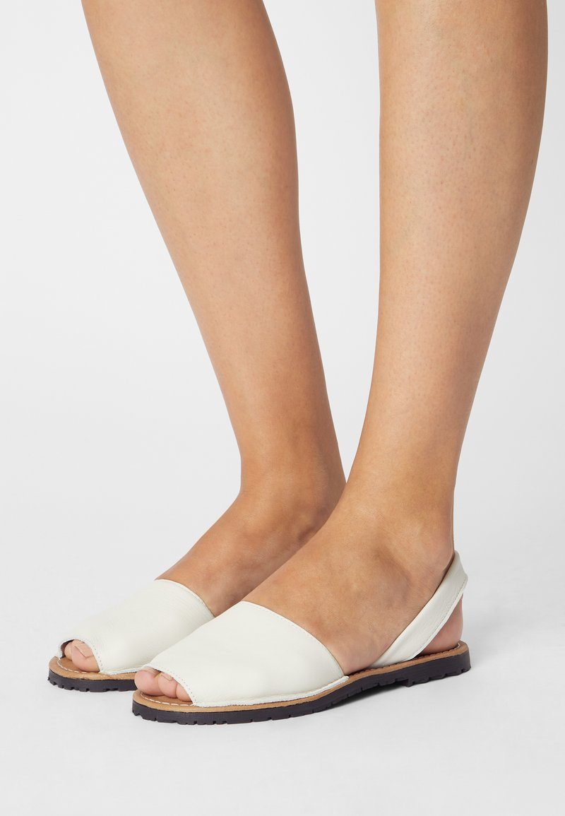 Tamaris - Sandals - white