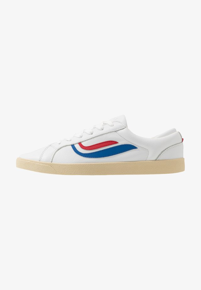 G-HELÀ TUMBLED - Matalavartiset tennarit - white/red/blue