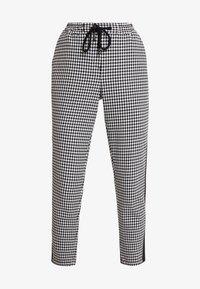 Marc O'Polo DENIM - PANTS PEPITA SHOELACE - Pantalon classique - black/white - 3