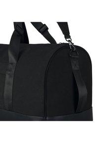 Johnny Urban - PAUL - Weekend bag - black - 4