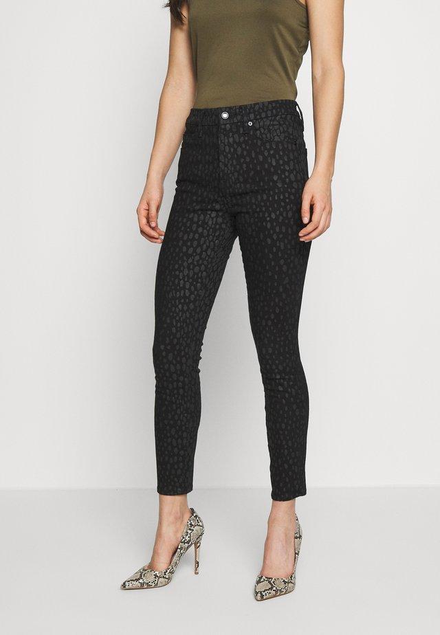 GOOD LEGS CROP - Jeans Skinny Fit - black denim