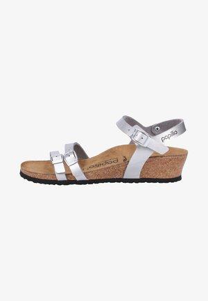 Sandals - metallic silver