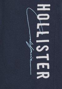 Hollister Co. - MODERN TECH - Kraťasy - navy - 6
