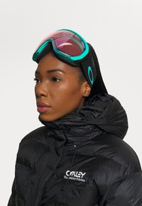 Oakley - FLIGHT PATH XL - Masque de ski - prizm snow/hi pink - 0