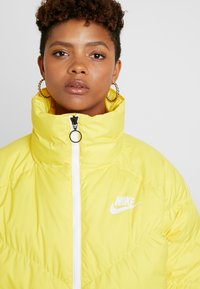 Nike Sportswear - SYN FILL - Winter jacket - chrome yellow/white - 6