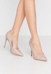 Head over Heels by Dune - AIMEES - Lodičky na vysokém podpatku - nude - 0