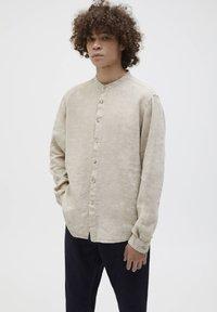 PULL&BEAR - Overhemd - beige - 3