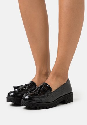 FINN CHUNKY TASSEL LOAFER - Slippers - black
