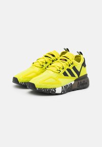 adidas Originals - ZX 2K BOOST UNISEX - Trainers - core black/footwear white - 1