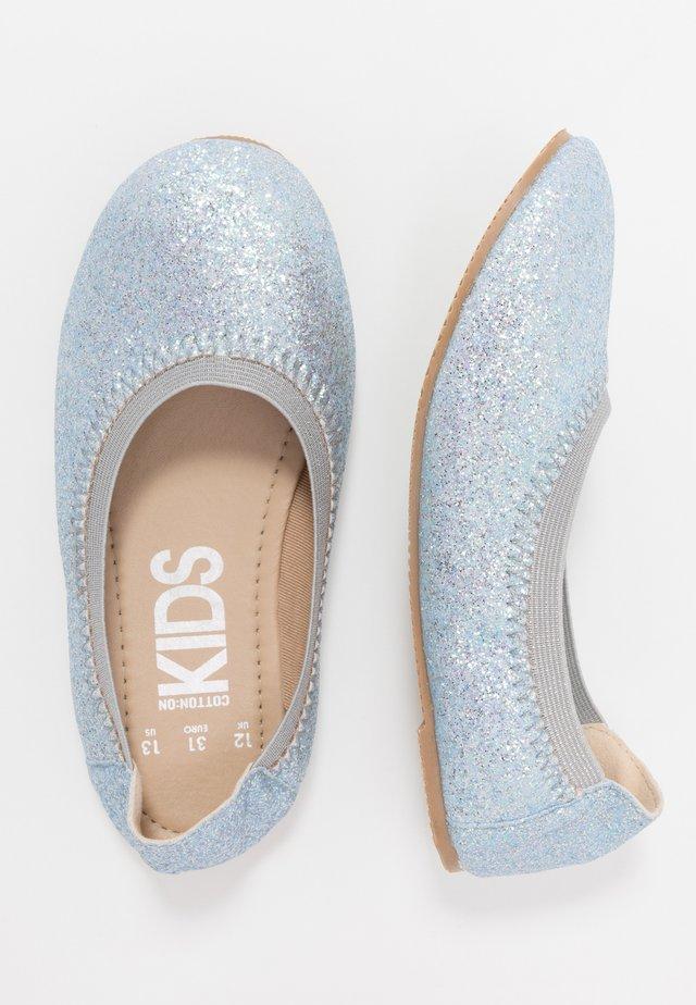 KIDS PRIMO - Ballerinasko - pale blue glitter