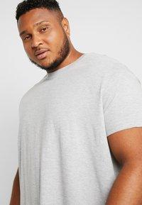 Burton Menswear London - BASIC TEE 7 PACK - T-Shirt basic - grey/black/white - 4
