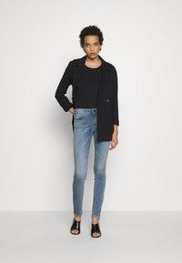 Replay - NEWLUZ HYPERFLEX - Jeans Skinny Fit - medium blue - 1