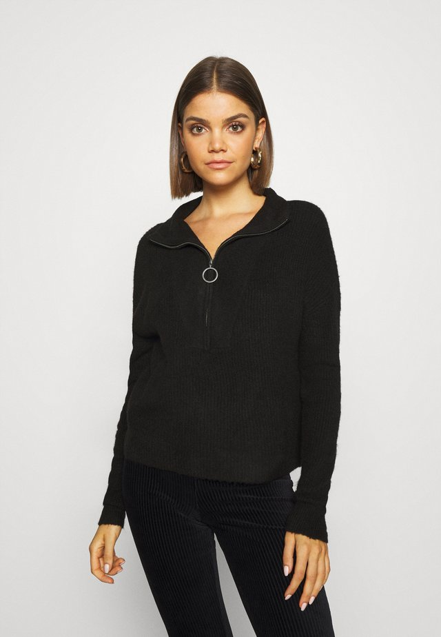 NMNEWALICE HIGH NECK - Strickpullover - black