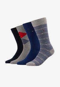 dark blue/grey/blue