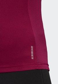 adidas Performance - OWN THE RUN TEE - T-shirts med print - powber/white - 4