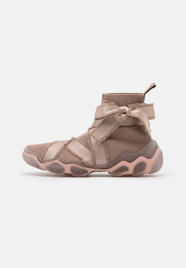 Sneakers high - nude/trasparente