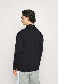 Nike SB - GRAPHIC MOCK UNISEX - Sweatshirt - black/white - 2