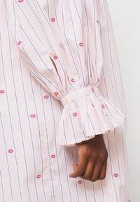 Victoria Victoria Beckham - LIPS PRAIRIE DRESS - Day dress - pink - 7