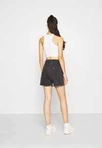 Abrand Jeans - CLAUDIA CUT OFF - Denim shorts - black rose - 2