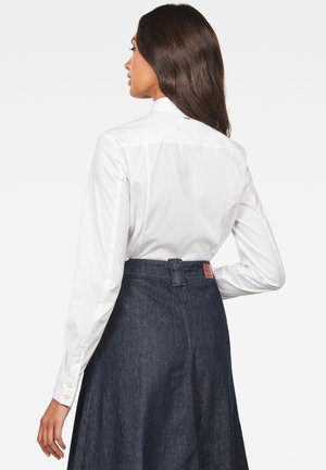 LANC BIB SLIM - Button-down blouse - white