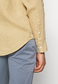 NN07 - LEVON  - Shirt - sable khaki - 5
