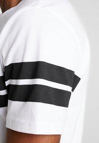 Jack & Jones - ONSBIKE LONGY TEE - Print T-shirt - white - 5