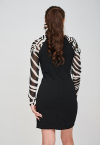 Yan Neo London - THE EOS ZEBRA  - Shift dress - black - 2