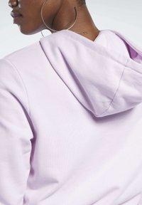Reebok Classic - CLASSICS VECTOR HOODIE - Bluza z kapturem - pixel pink - 4