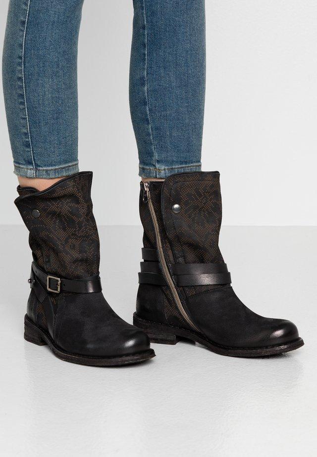 GREDO - Cowboy/biker ankle boot - pazifik/black