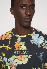 Just Cavalli - T-shirt imprimé - black - 4
