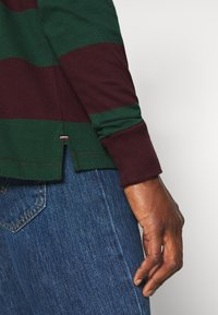 Tommy Hilfiger - ICONIC - Jumper - red - 5