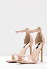 Lost Ink Wide Fit - POINTED BARELY THERE  - Sandali con tacco - nude - 4
