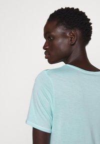 Bruuns Bazaar - KATKA ALICIA TEE - Basic T-shirt - dream blue - 5
