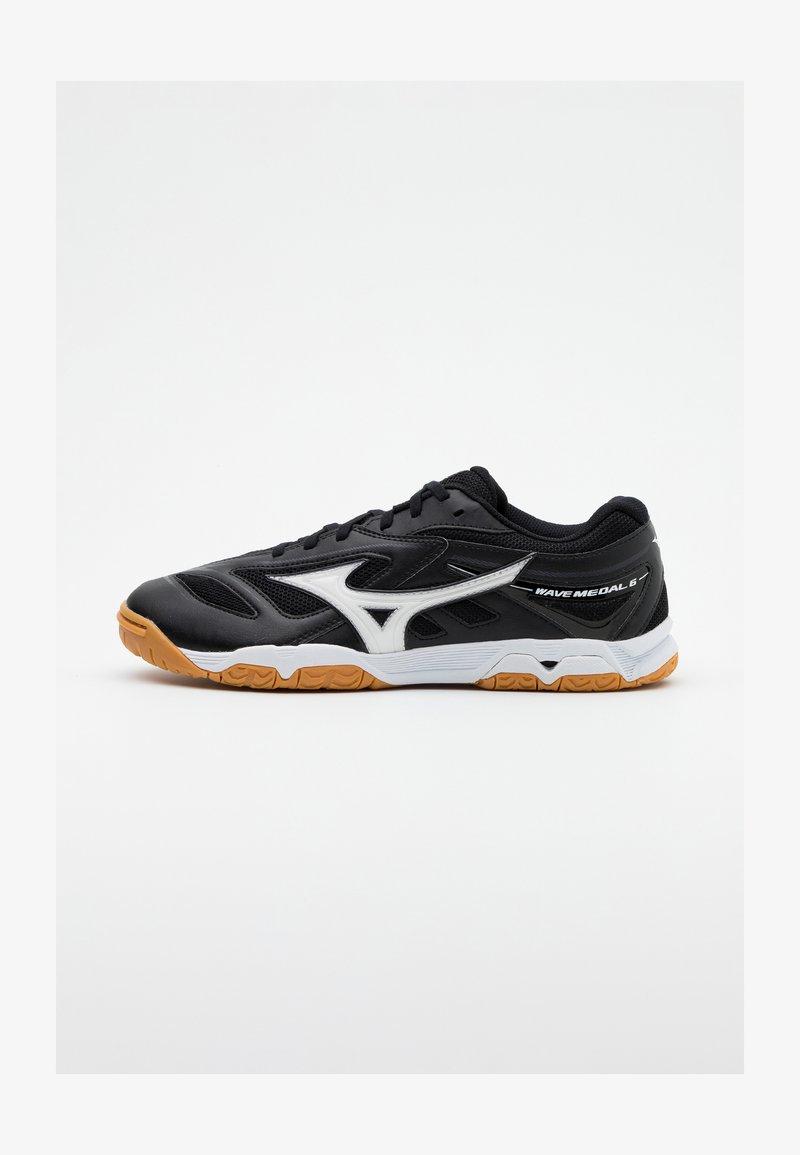 Mizuno - WAVE MEDAL 6 - Sportovní boty - black/white