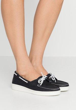 MIRANDA - Boat shoes - navy