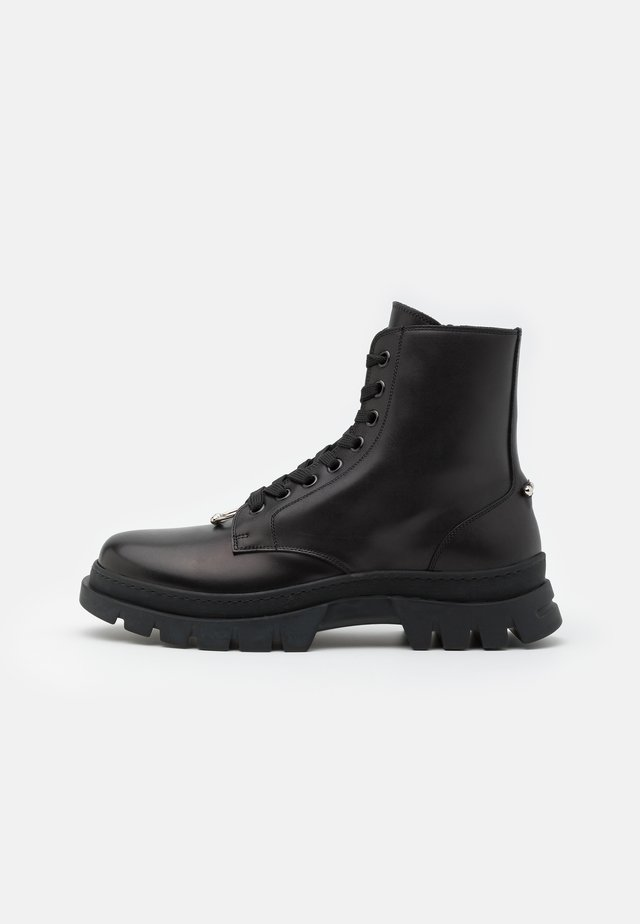 PIERCED PUNK BOOT - Bottines à lacets - black